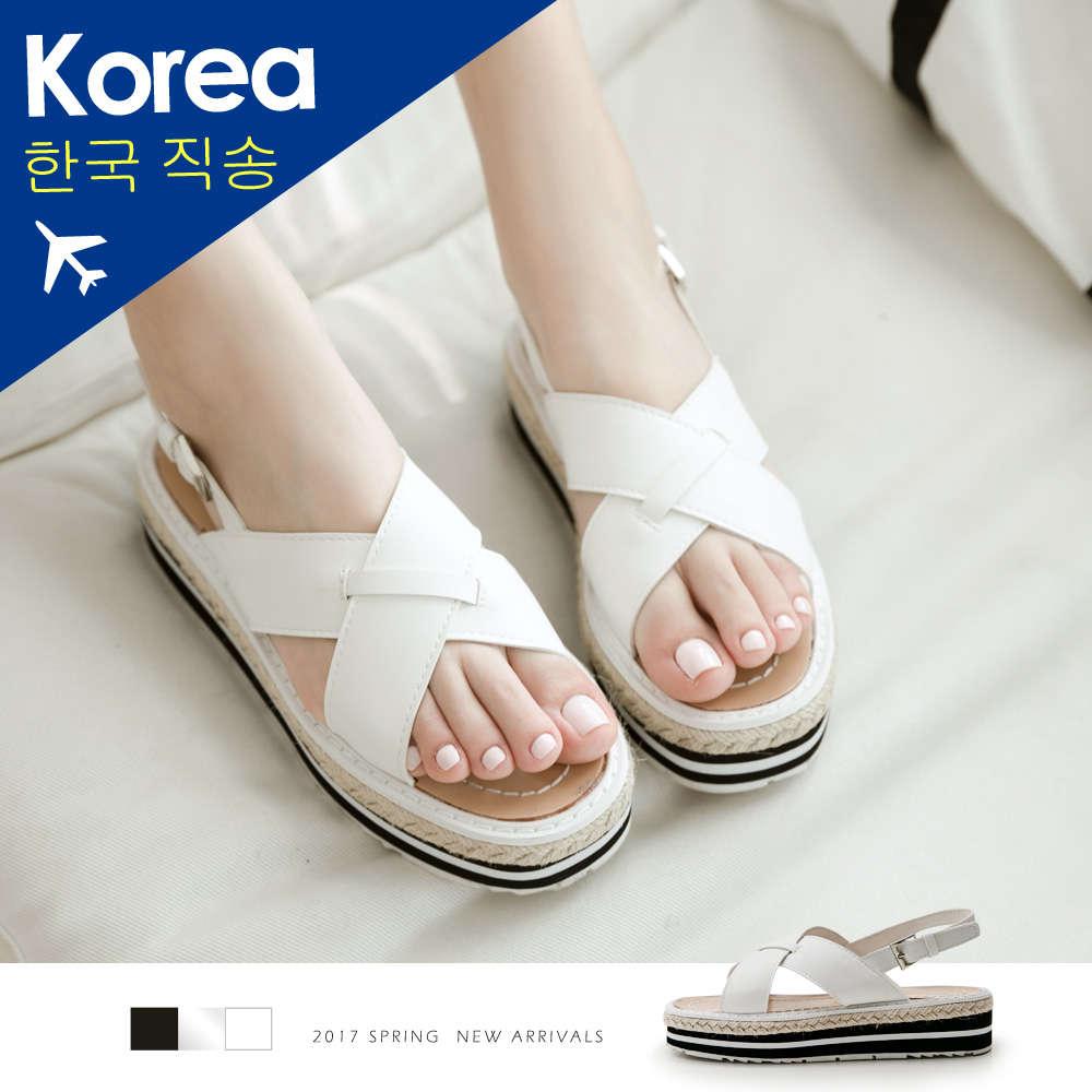 韓-俐落交叉寬帶草編厚底涼鞋