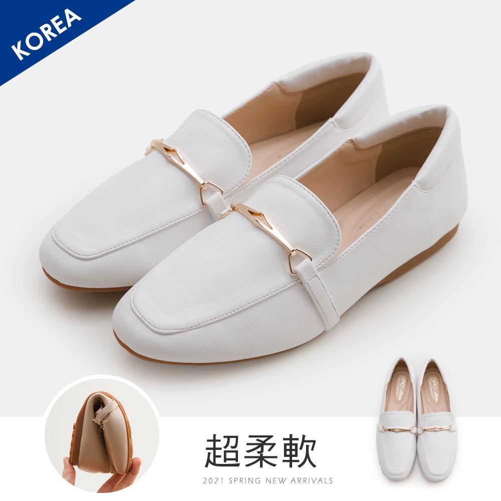 韓-馬銜扣舒適後枕樂福鞋(白)-大尺碼